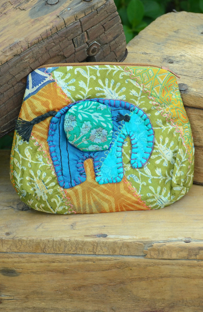 Gold Small Elephant Pouch