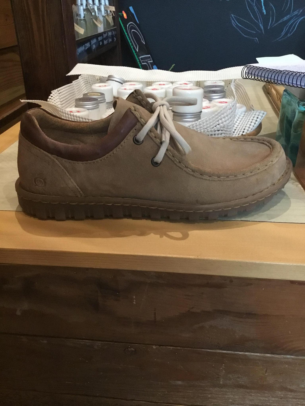 9.5 Shoe Gunnison Almond Buff