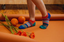 Load image into Gallery viewer, Solmate Socks: Cayenne Adult Ankle