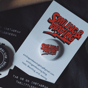 Smiling & Waving Badge