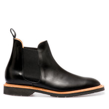Laden Sie das Bild in den Galerie-Viewer, Solovair Chelsea Boot Black