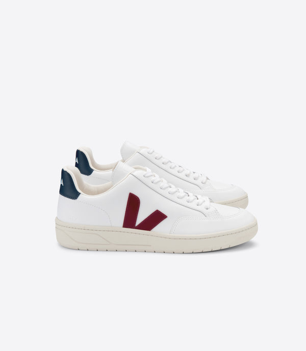 Veja V-12 Leather Extra-White Marsala Nautico