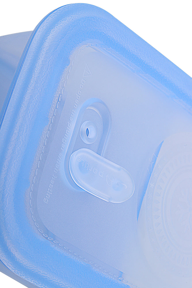 Load image into Gallery viewer, Minimal Silicone Storage Container with Divider, 700ml, Blue