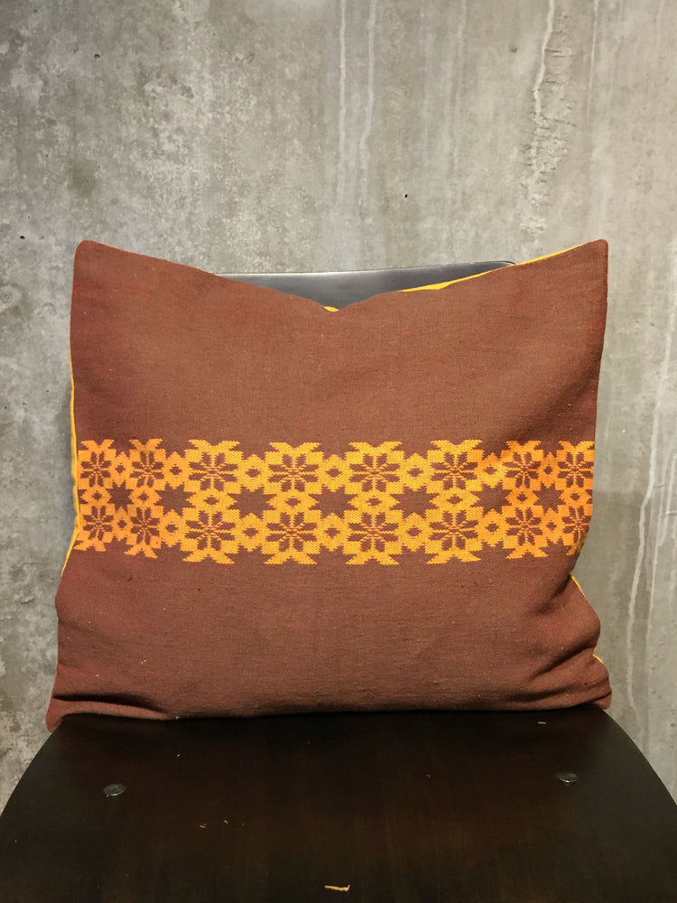Load image into Gallery viewer, Handwoven Egyptian Cotton Cushion Cover - Flowers & Stars Motif