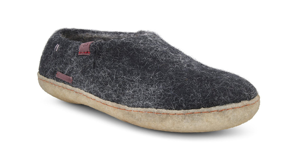 Wool Felt Shoe - Black with Rubber