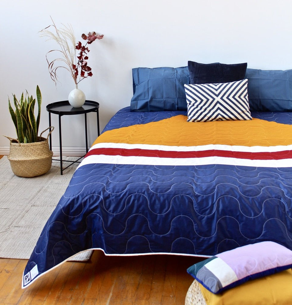 No. 53 - Quilt Queen bed - Campfire model