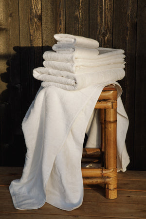 Load image into Gallery viewer, Organic and Fairtrade Cotton Bath Towel Set in White