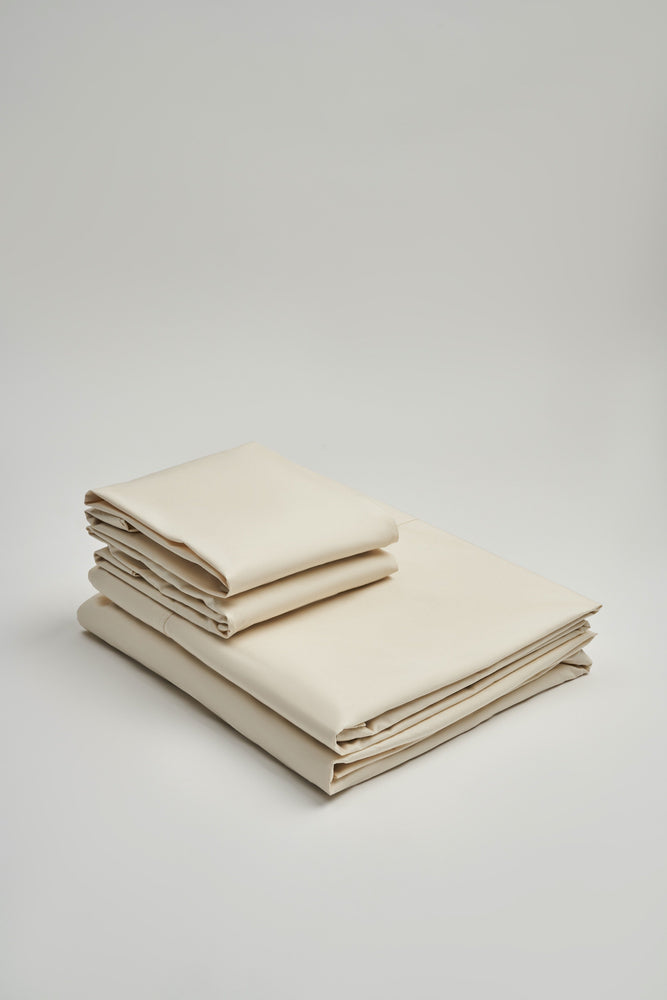 Organic and Fairtrade Warm + Luxurious Cotton Bed Sheet Set in Natural