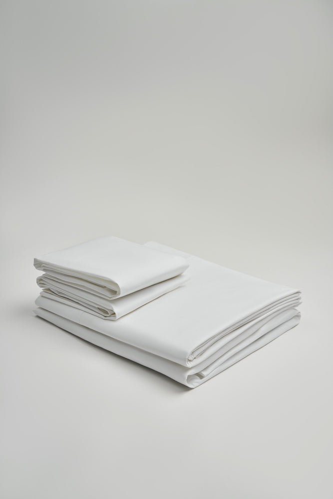 Organic and Fairtrade Warm + Luxurious Cotton Bed Sheet Set in White