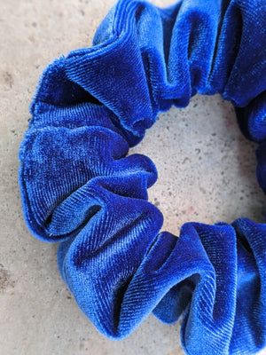 Load image into Gallery viewer, Blue Velvet Eco-Friendly Scrunchie