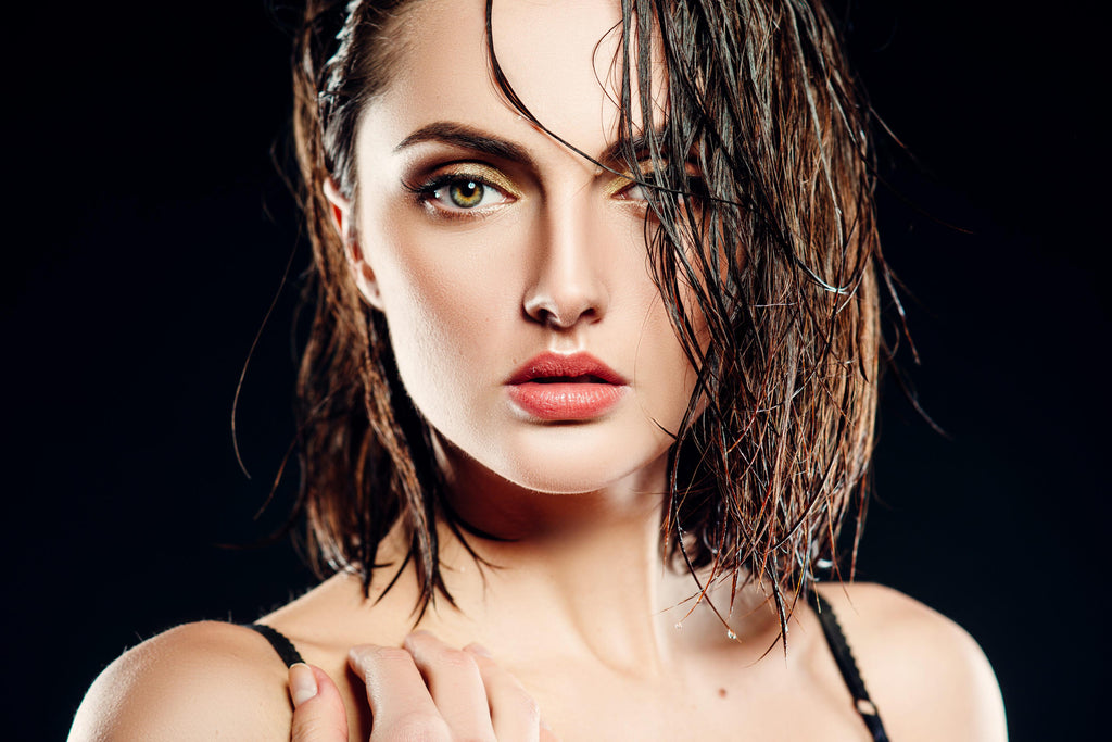 The Wet Hair Takeover: The Latest Beauty Trend & How to Achieve It Yourself