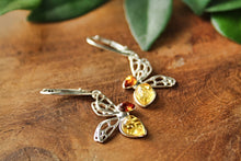 Load image into Gallery viewer, Baltic Amber Bee Earrings