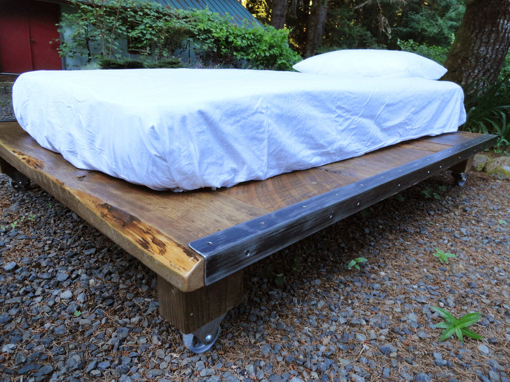 rustic wood and steel platform bed queen size 76 inches wide mt hood wood works. Black Bedroom Furniture Sets. Home Design Ideas