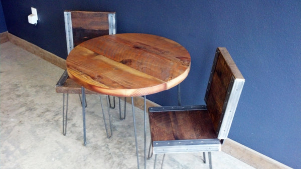 Outdoor Reclaimed Round Cafe Restaurant Patio Table with 2 industrial Chairs