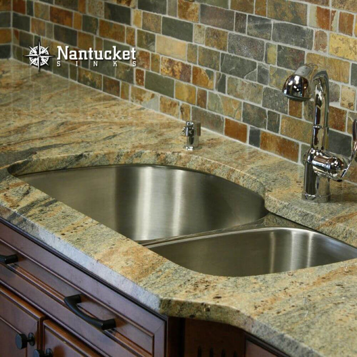 "Kitchen Sink - Nantucket Sinks 31.5"" Double Bowl Undermount Stainless Steel Kitchen Sink, 16 Gauge, NS3121-16, 70 / 30"