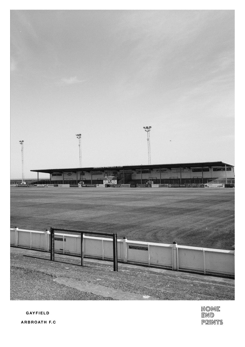 Gayfield Black & White