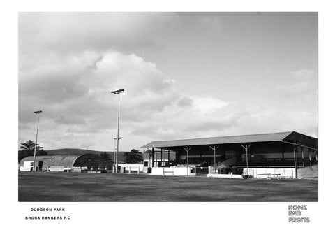 Dudgeon Park Black & White