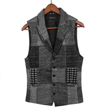 Load image into Gallery viewer, Spring Retro Patch Plaid Woolen Casual Vest for Men European Style