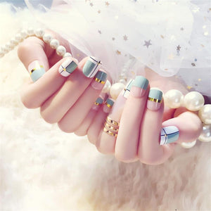 Fake Nails With Metallic Strip Green White - Online Fashion Store -Shop Alluring