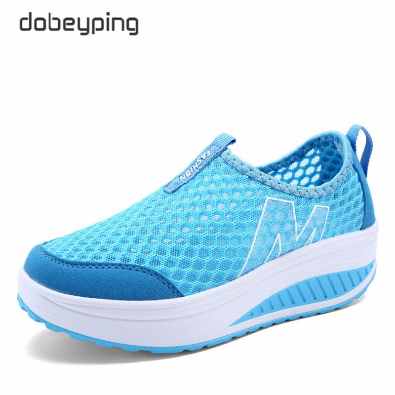 Comfortable women shoes for all daily chores