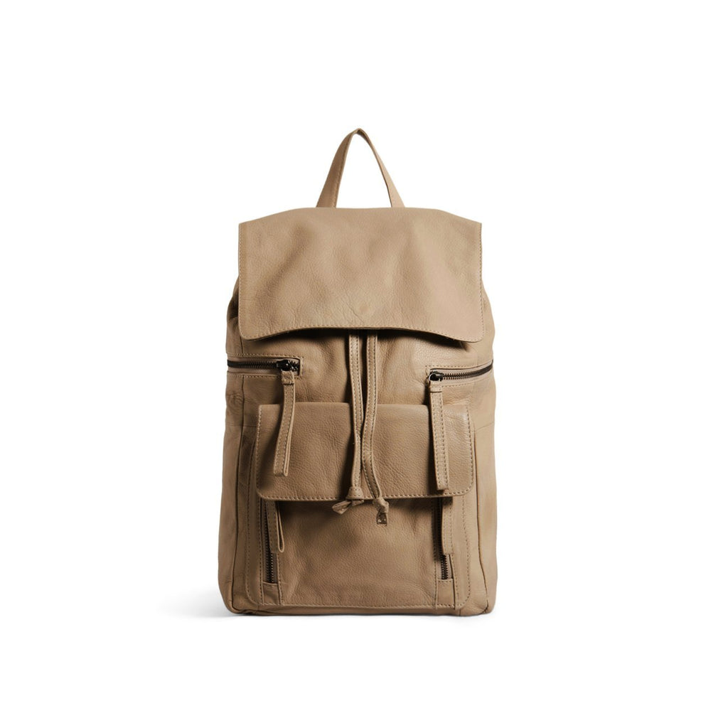 Hannah Backpack in Camel
