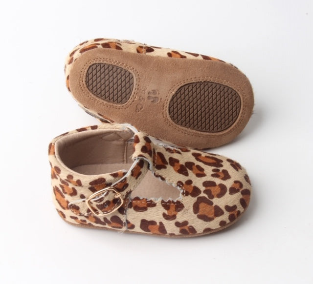Riley T-Straps - Leopard Brown