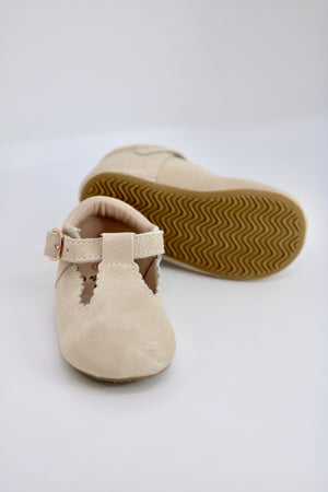 Riley T-Straps - Scalloped - Suede Beige