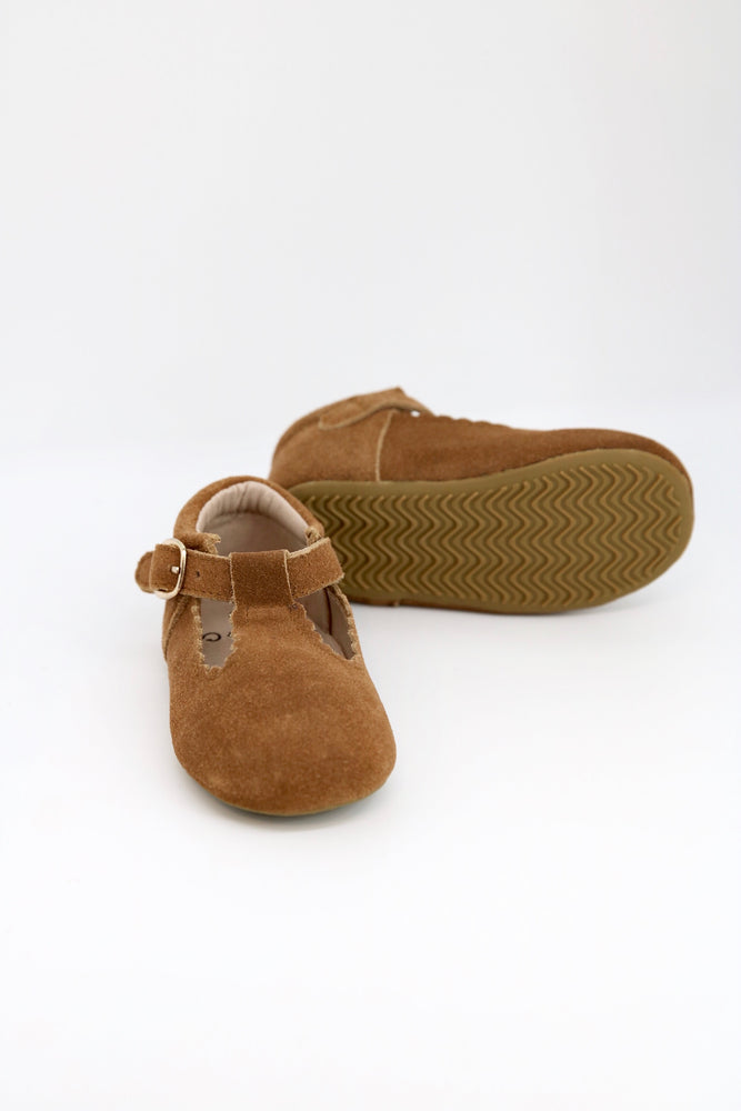 Riley T-Straps - Scalloped - Suede Weathered Brown