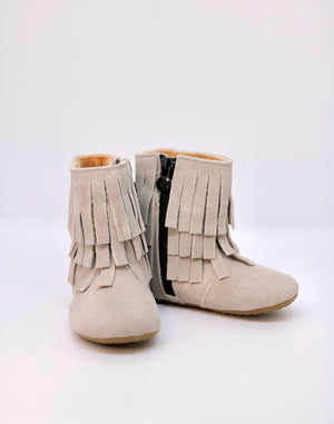 Amelia Fringe Boots - Suede Gray