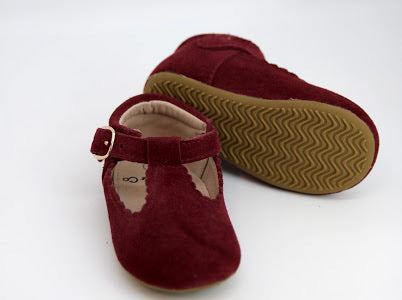 Riley T-Straps - Scalloped - Suede Sangria