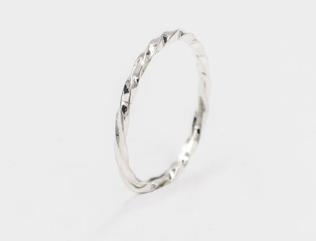 sterling-silver-rope-ring