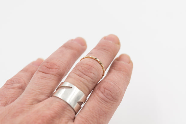 minimalist solid 14k yellow gold rope ring