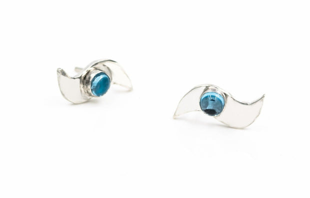 Sterling-silver-wave-post-earrings-aquamarine-stone