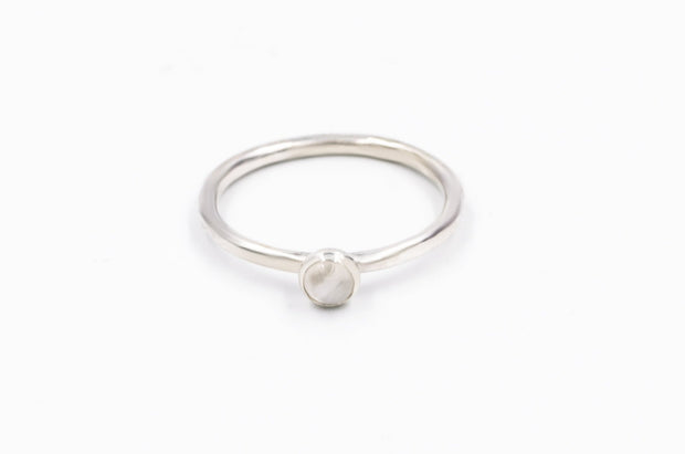 Sterling_silver_textured_moonstone_ring_stackable