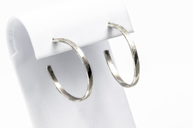 Short Pattern Sterling Silver Hoop Earrings - Medium