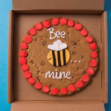 Chocolate Chip Cookie Bee Mine