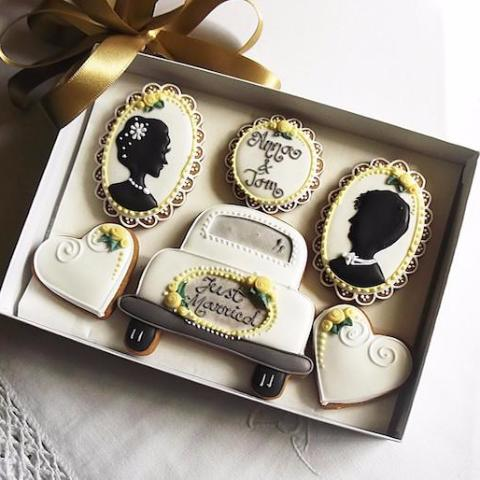 Personalised Wedding Cookie Gifts