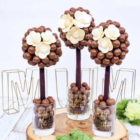 Malteser Daisy Button Tree