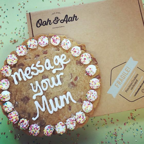 Message Your Mum Giant Chocolate Chip Cookie