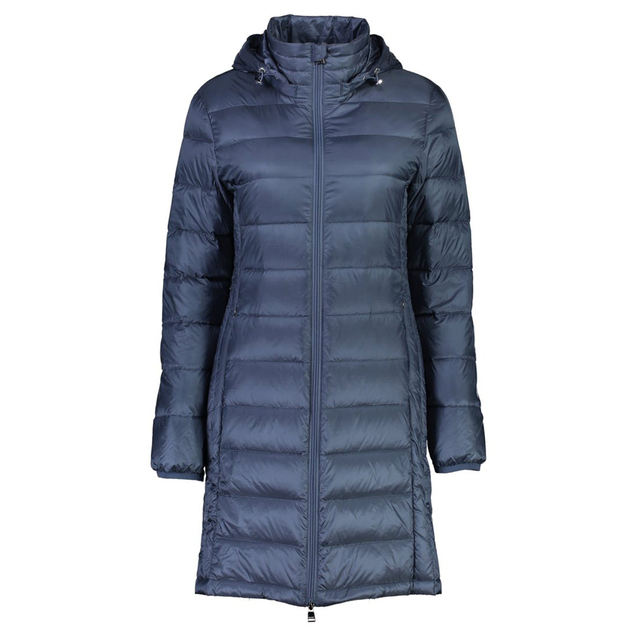 The Sarah lightweight down coat by Moke is a classic 3/4 length jacket.  Featuring a detachable hood, vertical side panels and a double ended zipper.