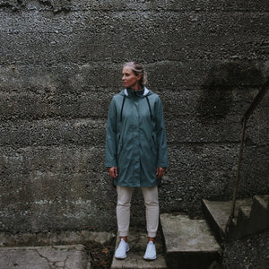 Billie Rain Coat in Seal Grey