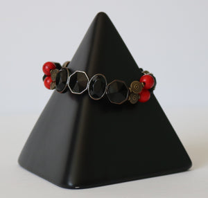 Metal Queen Stretch Bracelet