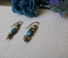 Load image into Gallery viewer, Champagne Night Earrings