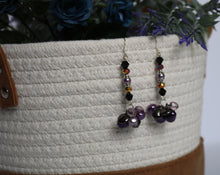 Load image into Gallery viewer, Purple & Lilac Pearl Earrings