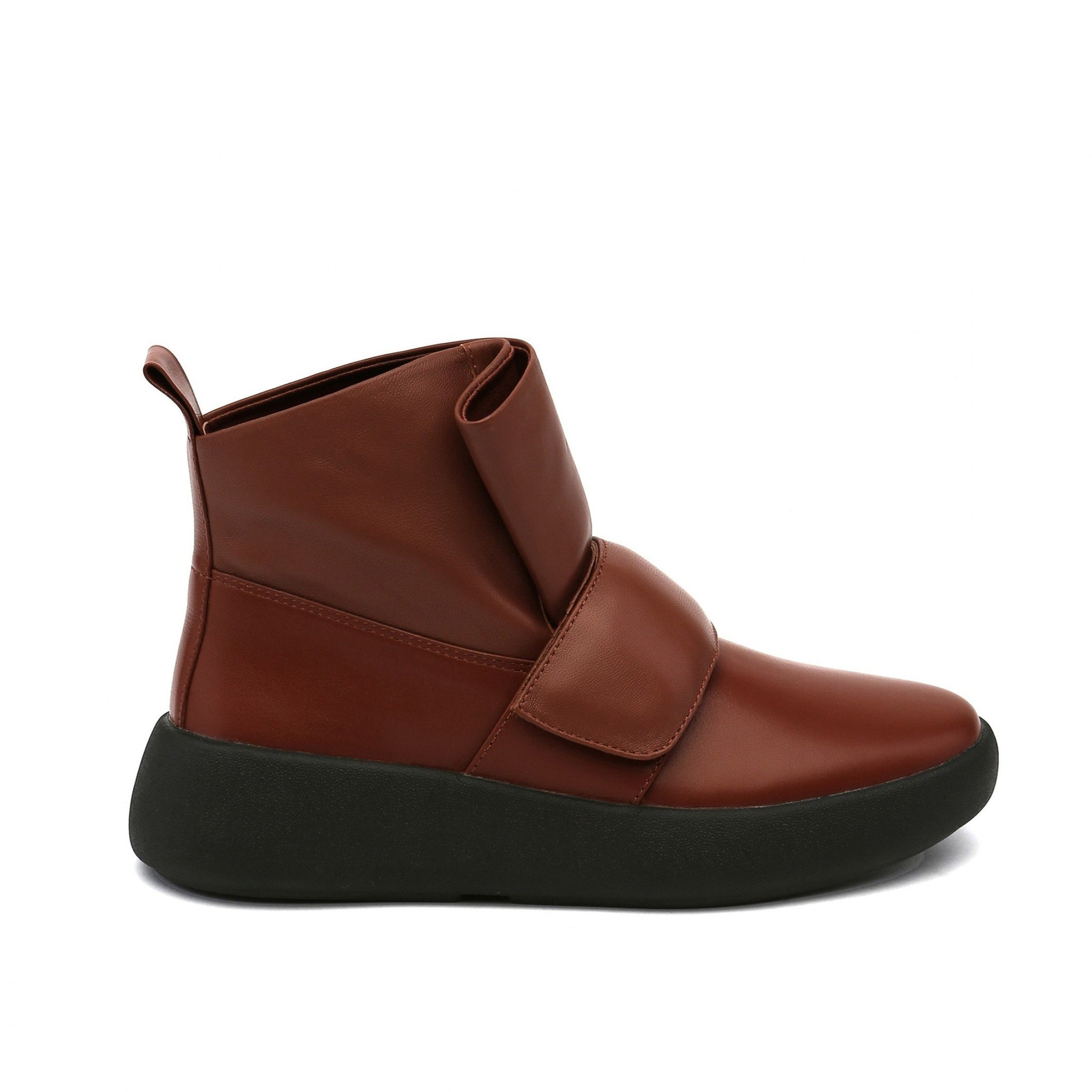 Flux Sneaker Brown