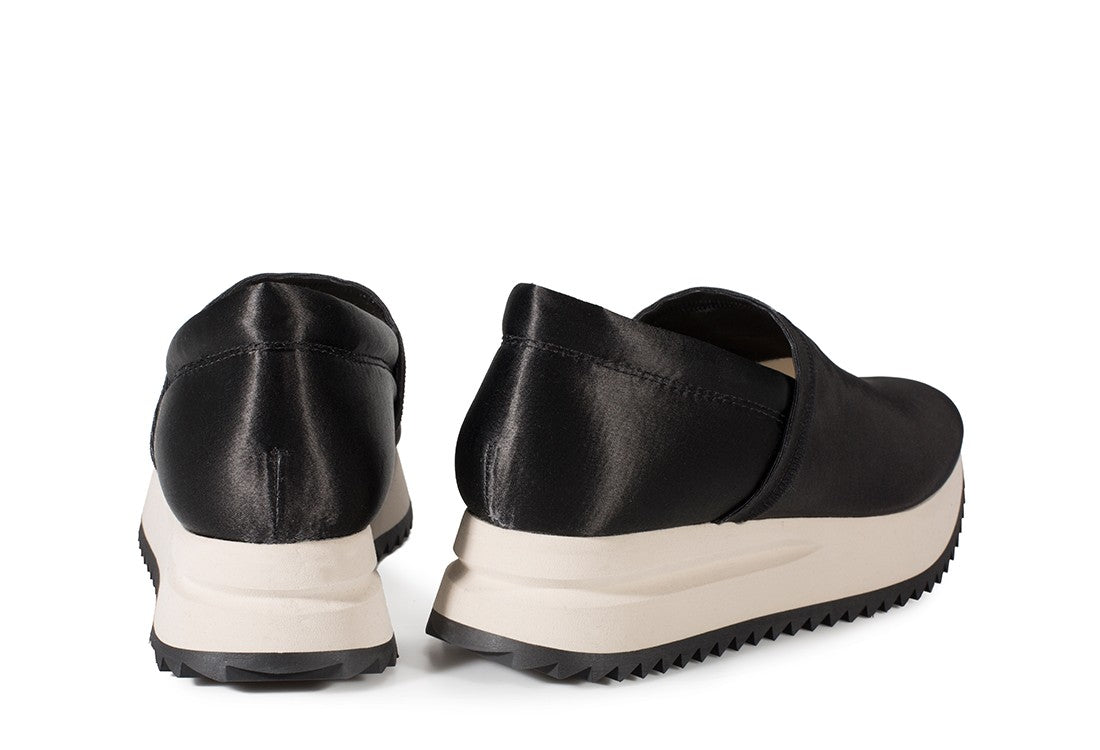 Otylia Slip-on Satin Sneaker Black