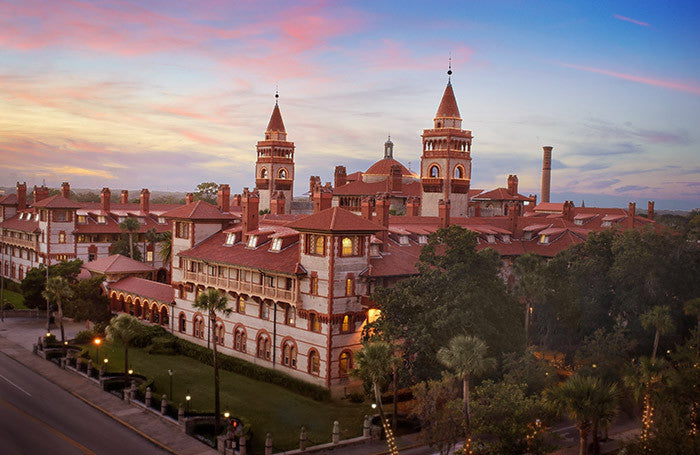Flagler College offers more tours during holiday season