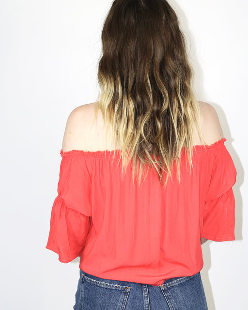 Hackwith Design House:Off the Shoulder Knotted Top – Poppy,ANOMIE