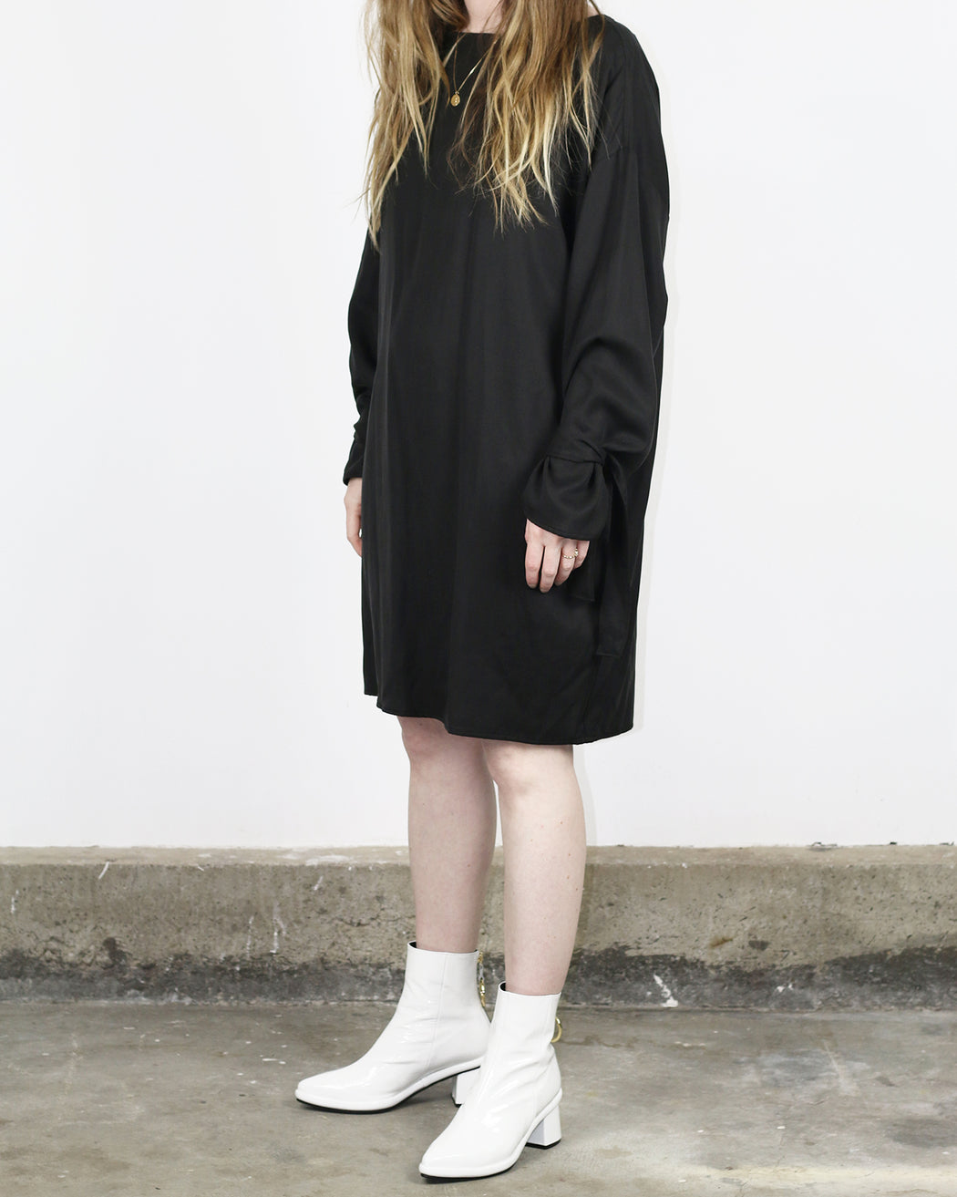 Hackwith Design House:Arm Tie Smock Dress,ANOMIE