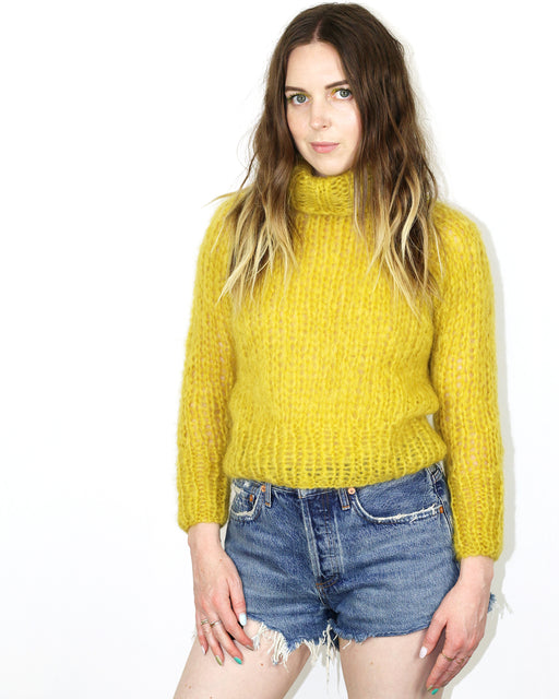Maiami:Short Turtleneck Sweater,extra-small | SOLD OUT / lime